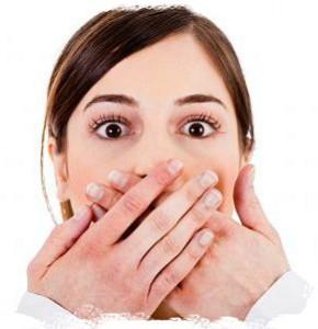 белый налет в полости рта